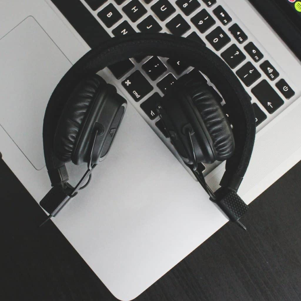 Increase concentration and productivity with music